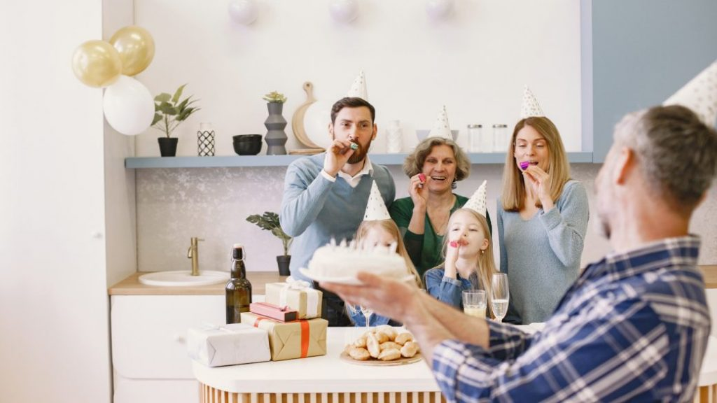 Fiesta familiar, mitos sobre la vejez
