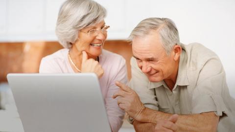 entretenimiento, cuidado del adulto mayor, grúas para pacientes en méxico, cuidado, actividades en cama